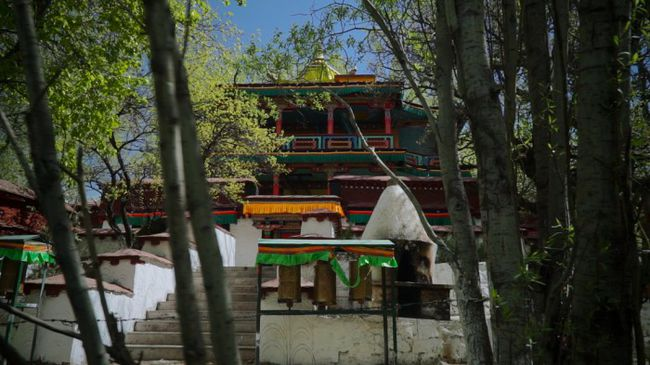 The Lukhang temple today.